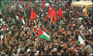 Jordanian protestors marching towards Allenby bridge