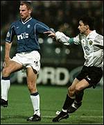 Ronald de Boer in action for Rangers