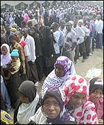 voters in Zanzibar queue up to vote