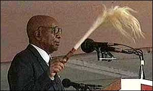 BBC News | Africa | Banda of Malawi dies