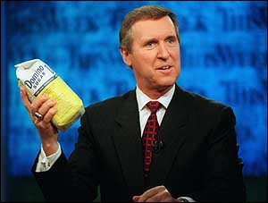 image: [ Defence Secretary William Cohen shows amount of anthrax needed to kill half Washington ]