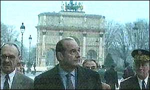 image: [ Chirac spent more than an hour at the Louvre ]