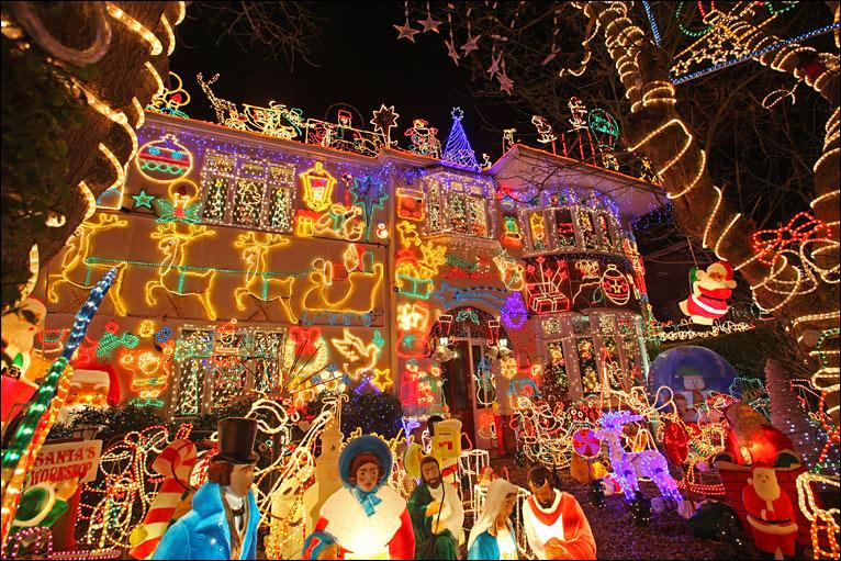 biggest christmas lights